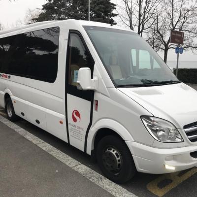 Minibus Mercedes-Benz 17 places