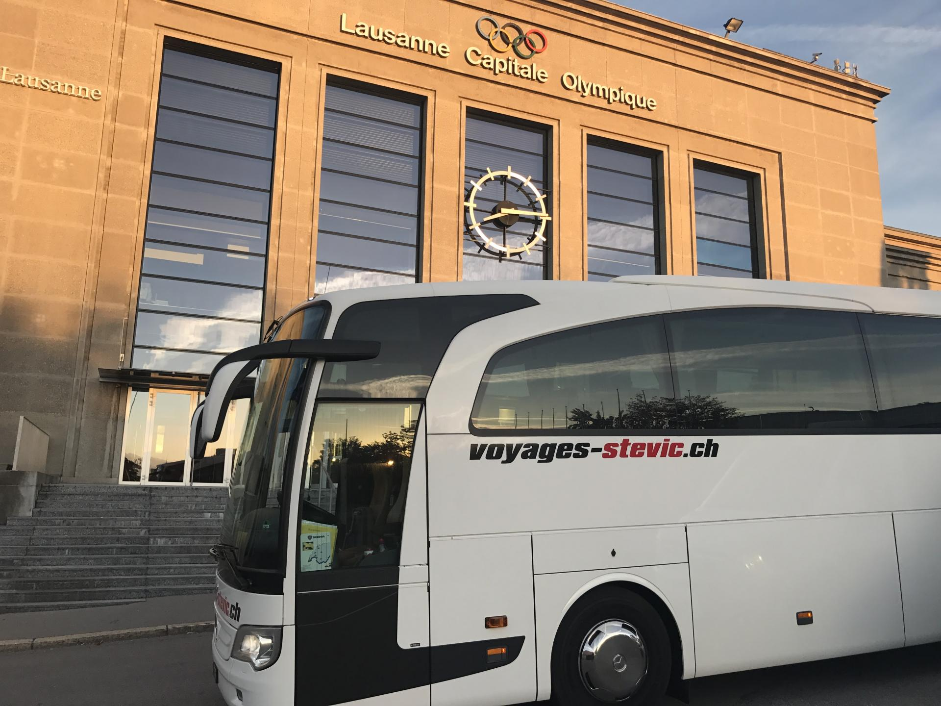 Mercedes Travego | 53 pax *****