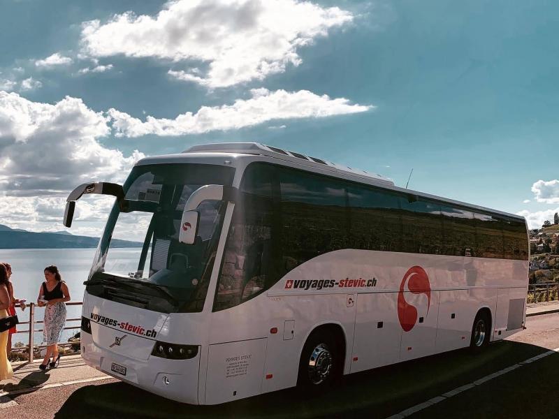 Coach Volvo 9700 46 pax